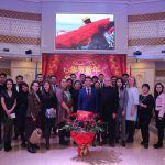 参加活动的KIMEP大学工作人员及中国留学生代表合影留念